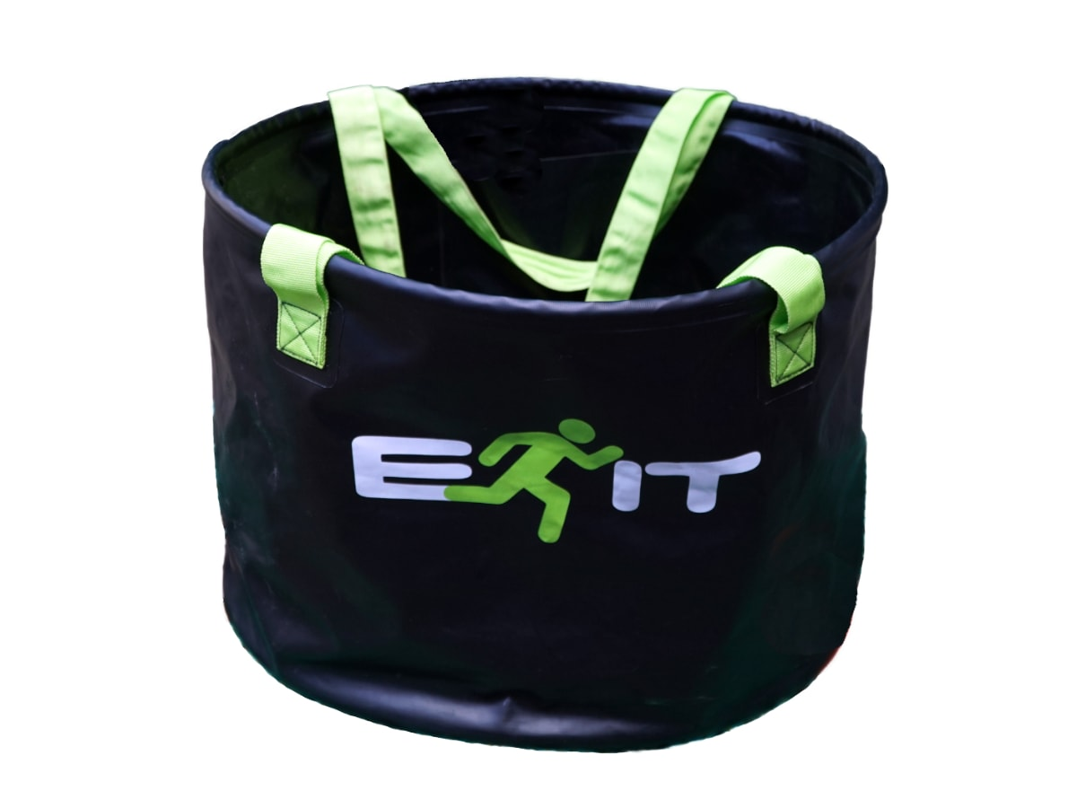 X – Wetsuit Change Bucket - better than changing mat or wetbag